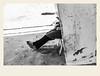 En toute discrétion (Napafloma-Photographe) Tags: 2018 architecturebatimentsmonuments bandw bw france hautsdefrance landscape letouquet pasdecalais paysages personnes techniquephoto blackandwhite boutique monochrome napaflomaphotographe noiretblanc noiretblancfrance photoderue photographe plage province streetphoto streetphotography