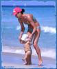 Future championne olympique :))) (Huguette T.) Tags: varadero cuba plage maman bebe