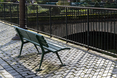 Benchmarking (Giloustrat) Tags: banc paris pentax k3 geometry ombre grille saariysqualitypictures