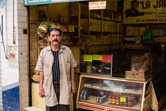 Convenient store - Molino. Danny Trejo's brother ? (.sl.) Tags: mexico mexique streetphotography portrait streetportrait drugstore mexicocity people street
