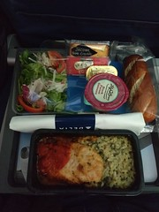 Delta Dinner (TheTransitCamera) Tags: airport aviation flying trip travel lhr delta london england