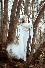 "TEATRONATURA ""Il Disgelo"" (valeriafoglia) Tags: model makeup magic art atmosphere fantasy fairy forest creative composition capture colors creature crystals nimph nature beautiful beauty photography photo pretty white wood dress delicate stylist spirit outfit"