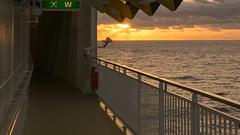 Lever du soleil en mer - Norwegian Jade - 5619 (rivai56) Tags: leverdusoleilenmer sunrise mer sonyphotographing sea norwegian jade sunriseatsea norwegianjade5619 orange
