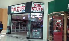 Fun Stuff (former Verizon Wireless) - Port Charlotte Town Center - Port Charlotte, FL (SunshineRetail) Tags: funstuff store former verizon wireless portcharlottetowncenter towncenter mall portcharlotte fl florida