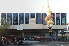 Gedung mangkrak menarik (Ya, saya inBaliTimur (leaving)) Tags: semarapura bali building gedung architecture arsitektur