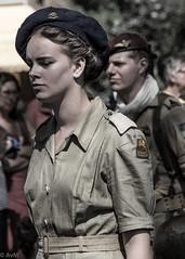 Dutch female soldier - world war 2 style (Ramireziblog) Tags: dutch female soldier soldaat vrouw meisje bevrijding bevrijdingsdefile wageningen nederland veteranen landmacht luchtmacht marine street canon 6d beauty baret
