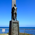 Surfer statue, West Cliff Road, Santa Cruz thumbnail