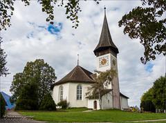 Kirche Sigriswil (Hans van Bockel) Tags: hansvanbockel nikon p7700 sigriswil zwitserland bern ch kerk kirche 1679 niessen stockhorn kerkhof