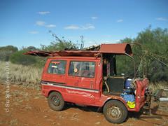 Underpowered: On the road (3 of 3) (Su_G) Tags: 2018 2008 wa ontheroadinwa ontheroad sug thingsyousee vehicles vehicle transport automotive underway mechanical westernaustralia underpowered betweencoralbayandcarnarvonwa karl