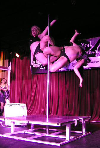 Gravity Plays Favorites at the New York Burlesque Festival