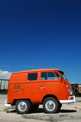 Little Miss Sunshine (only-connect) Tags: vw vintage volkswagen illinois van camper germancar campervan vdub personalfave rondout littlemisssunshine minidub minicamper