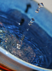 frozen (richietown) Tags: water topv111 canon topv333 ripple bowl drop droplet splash 28135mm canon30d richietown