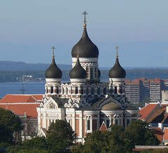Alexander Nevsky Orthodox Cathedral, Tallinn (phototouring) Tags: city church town europe tallinn estonia cathedral famous hill north cities landmark aerial fromabove onion alexander russian domes orthodox towns easteurope fromtheair sights easterneurope nevsky attraction attractions birdseye aerials eesti balticstates estland tallinna estonian viro toompea northerneurope