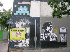 Rue Emile Durkheim - Paris (France) (Meteorry) Tags: street paris france art monster big stencil sticker europe spaceinvader spaceinvaders obey large banksy grand buff rue emile buffmonster bansky 75013 meteorry durkheim quaipanhardetlevassor rueemiledurkheim