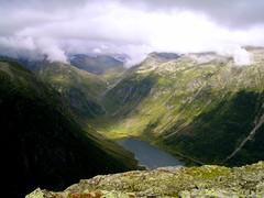 view to anastoelsvatnet - by gari.baldi