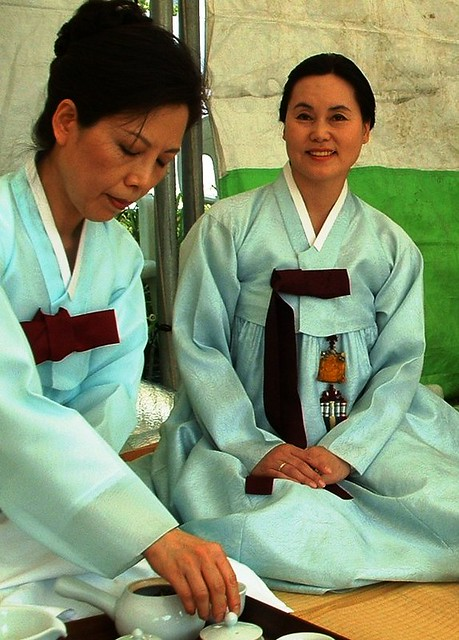 Korean Traditional Tea Drinking Ceremony