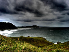 A stormy weather... (lRoda) Tags: sea brazil seascape storm ilhadomel verde green praia beach topf25 paran beautiful grass brasil photoshop mar cloudy ominous sony grama nublado doomsday w5 hdr highdynamicrange honeyisland apocalipse photomatix cotcmostfavorited tonemapping interestingness120 i500 aleroda explore01oct06