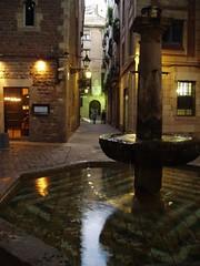 Plaça de Sant Felip Neri - by horitzons inesperats