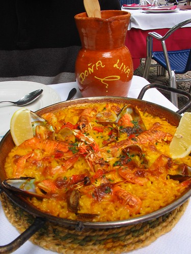 Paella and sangria in Sevilla - Spain (Photo by Ruth L)