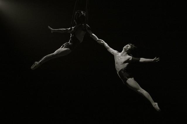 Trapeze photo by Taro Taylor