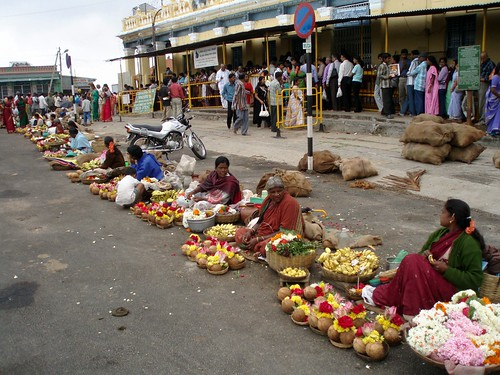 Offering sellers in front of Mysore temple on the Hill