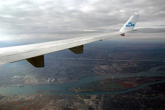 Unusual Approach (caribb) Tags: canada flying inflight quebec windowview klm kl671 mdll