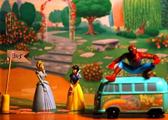 Super heroes (menteblu61) Tags: bus verde green cars yellow pumpkin amazing shrek spiderman scene disney amarelo stop pixar cinderella fillmore marvel snowwhite scena zucca cenerentola menteblu61