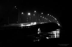 Night fog (H. Taras) Tags: gtaras 24105 canon city colours car cars mist road night black blackwhite white monochrome