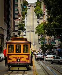 World Famous Cable Car, San Francisco, Kalifornien (Monnemerbuh) Tags: frisco sanfrancisco unitedstates usa street hügel hill vanness cablecar worldfamous honeymoon urlaub holidays vacation tram amerika america westcoast westküste 2013 sommer sonne roadtrip
