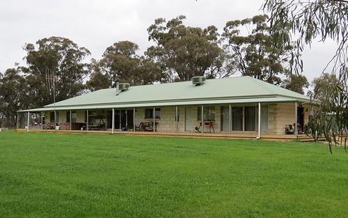 264 OLD DENILIQUIN ROAD, Moama NSW 2731