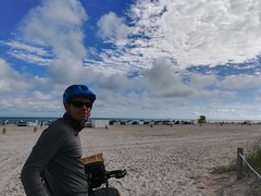 Andrew checking out an empty section of Miami Beach.  Guess we're here off season.