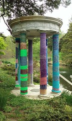 0426161138 (C_K_L) Tags: crochet morrisarboretum yarnbombing publicart fiberart yarn cameraphone