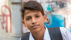 Kolkata portrait-31.jpg (Karl Becker Photography) Tags: india kolkata nikon portrait boy youngman male man football