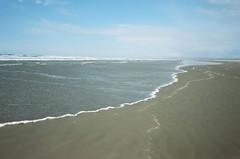 (mujerísima) Tags: olympusmjuii olympus mjuii olympusepic seaside oregon beach film 35mm analog analogue portra kodak
