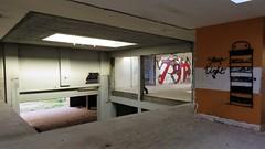 / Bomstraat - 26 apr 2018 (Ferdinand 'Ferre' Feys) Tags: gent ghent gand belgium belgique belgië streetart artdelarue graffitiart graffiti graff urbanart urbanarte arteurbano ferdinandfeys