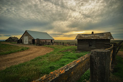 Vacated (PNW-Photography) Tags: vacated abandoned old rusty rust farm farmhouse derelict sonya6000 sony a6000 rokinon12mm rokinon 12mm dusty dust urbex rural exploration lost found washington pasco kahlotus clouds cloudy barn