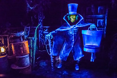 Haunted Mansion - Disneyland (GMLSKIS) Tags: disney nikond750 anaheim california hauntedmansion disneyland