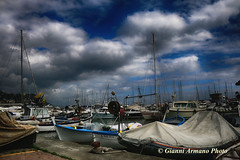 Deve pure arrivare il momento di tentare la navigazione!!! (Gianni Armano) Tags: porto di rapallo genova liguria italia barche foto gianni armano photo flickr