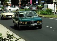 BMW 2800 Berline Amboise (37) 21-05-18a (mugicalin) Tags: bmw mmw2800 berline sedan greencar voitureverte 6cyl 2018 germancar classiccar 712 37 amboise youngtimer fujifilm fujifilmfinepix finepix fujifilmfinepixs1 s1 finepixs1 6cylmotor 6cylengine 6cylpower