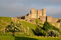 'Gateway To England' (SONICA Photography) Tags: dover kent castle dovercastle bluebirdsover sunset england battleofbritain castel castillo douvres gb fortification