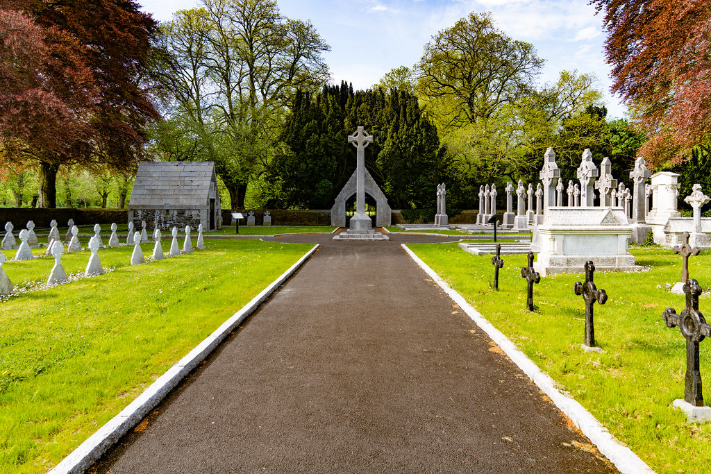 ST. PATRICK'S COLLEGE CEMETERY IN MAYNOOTH [SONY A7RIII IN FULL-FRAME MODE]-139560