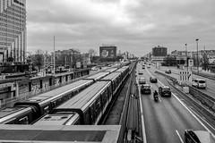 Trafic (pi3rreo) Tags: trafic extérieur fujifilm fujinon xe2 urbain urban ville train transports city urbanscape noiretblanc black white building