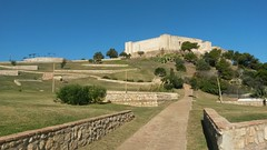 20171122_120432 (rugby#9) Tags: andalucia trees cacti cactus spain costadelsol fuengirola castle castillo castillosohail outdoor hill mountainside landscape grass bluesky tree building sky ancient architecture ruins park path wall
