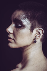 IMG_8184 (saver_ag) Tags: people portrait female indoor glitter profile