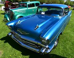 1957 Chevrolet BelAir 2-door hardtop (D70) Tags: dover beach park cupe 394 car show richmond british columbia canada 1957 chevrolet belair 2door hardtop nikon d750 20mm f28 ƒ90 200mm 1320 125