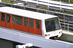 Tampa Airport People Mover (Infinity & Beyond Photography) Tags: tampa international airport people mover tpa train tram track rail