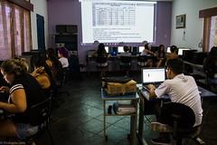 (REDES DA MARÉ) Tags: americalatina brasil complexodamaré favela mare novaholanda ong projetoconectando redesdamaré riodejaneiro aula curso informática jovem