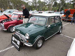 Vintage Car Display at Ridgehaven (RS 1990) Tags: classic vintage car display ridgehaven adelaide teatreegully southaustralia sunday 20th may 2018