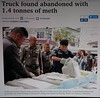 another 12 million metamphetamine pills found along the road (the foreign photographer - ฝรั่งถ่) Tags: bangkok post photo police bags drugs chieng rai thailand canon