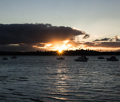 25 apr 2018 - photo a day (slava.connect) Tags: dailyphoto 365 1day photoaday auckland sunset sea newzealand nz boats